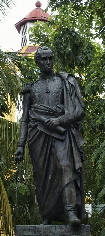 Bolivarren estatua. Mompox.