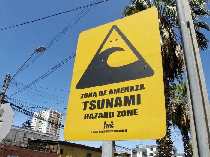 Tsunami arriskua! Iquique, Txile.