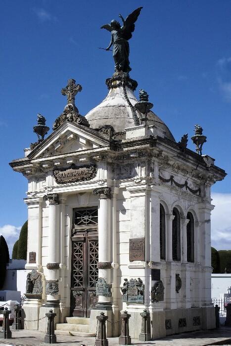 Menéndez-tarren mausoleoa, Punta Arenaseko hilerrian.Txile.